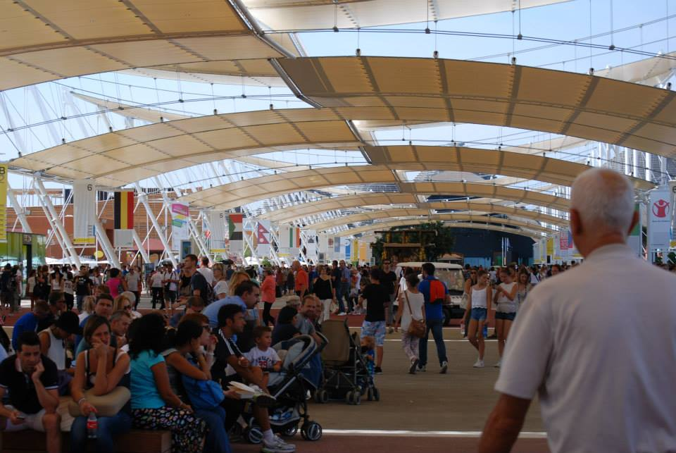 folla ad Expo