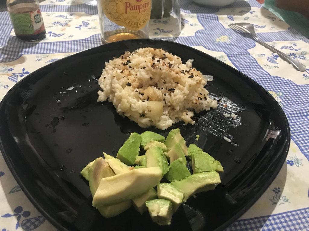 riso thai con avocado essiccato