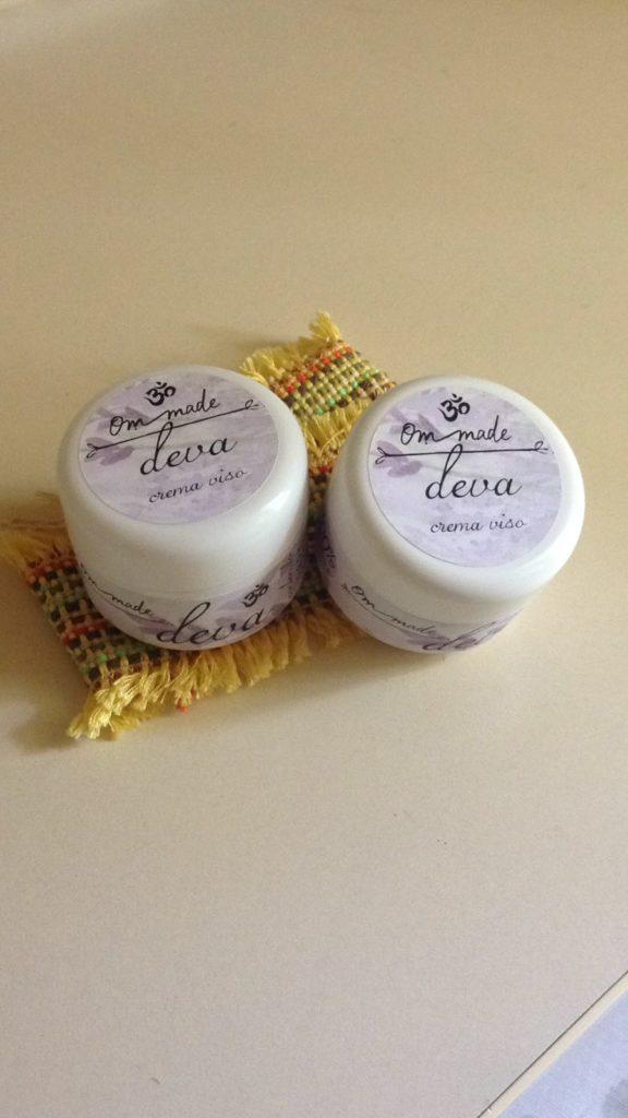 crema viso con oleolito di calendula essiccata