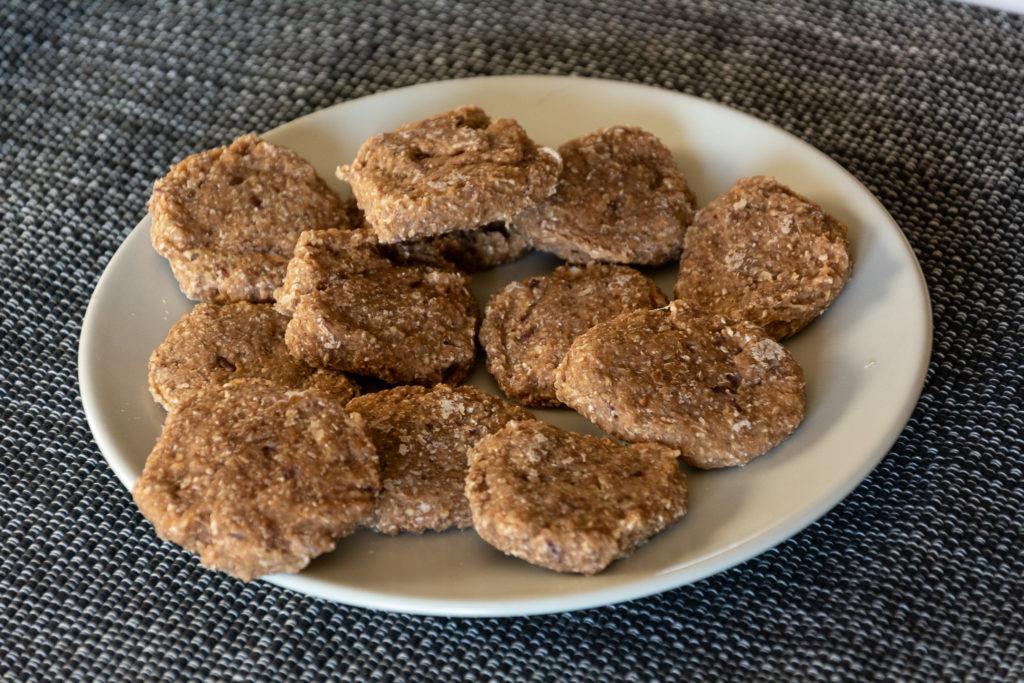 biscotti frutta essiccata per animali