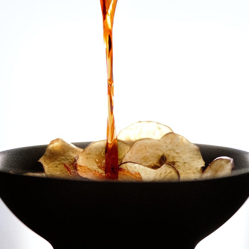 Chips di mela aromatizzata al Campari